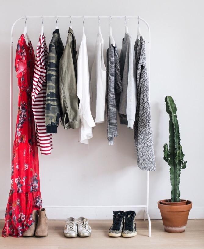 Je Chemine De Plus En Plus Vers Une Garde Robe Minimaliste